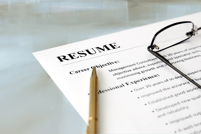 How to write the perfect CV for getting a job in France