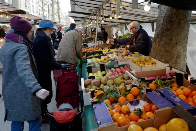 Workers in France to pay €9 billion less in taxes next year