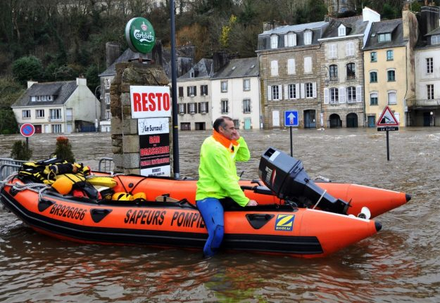 Floods, fires and tropical diseases: The bleak forecast for France due to climate change