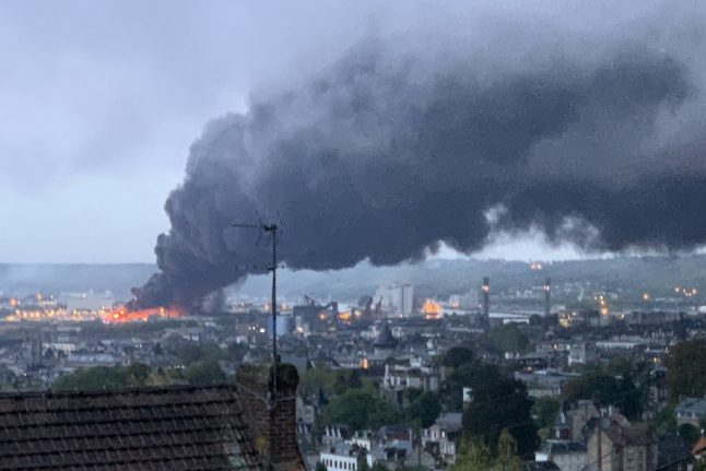 UPDATE: Fire at French chemical factory 'will burn for days'