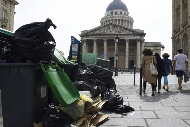 Parisians must clean up after themselves, insists the city's mayor