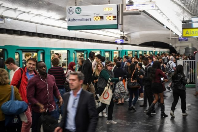 Paris Metro pickpocketing gang jailed for a total of 113 years