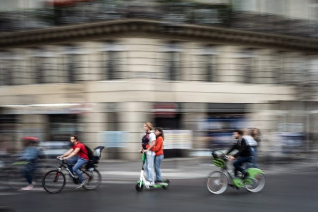 Speed limits and no sharing: These are the new laws on electric scooters in France