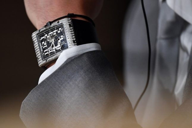 Warning over Paris street robbers who target expensive jewellery after €800k watch snatched