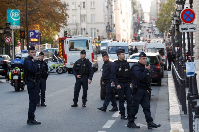 IT worker kills four in knife attack at Paris police headquarters