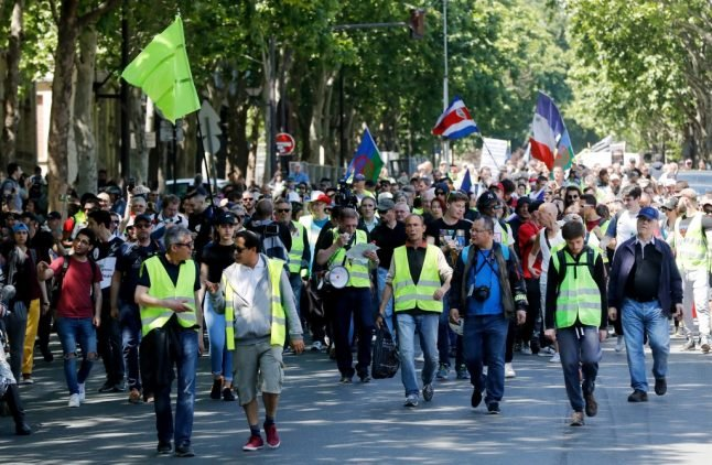 Violence, tax breaks and new politics: A year of 'yellow vest' protests