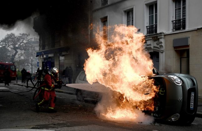 Paris 'under control' after violence on yellow vest anniversary