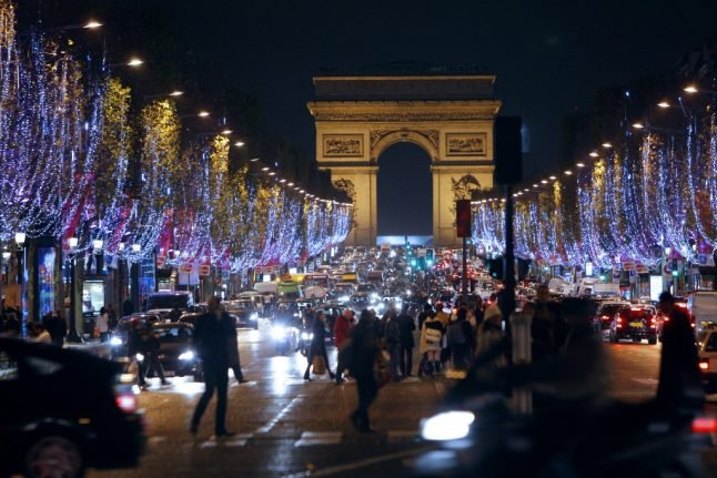 When do the 2019 Christmas holidays begin in France?