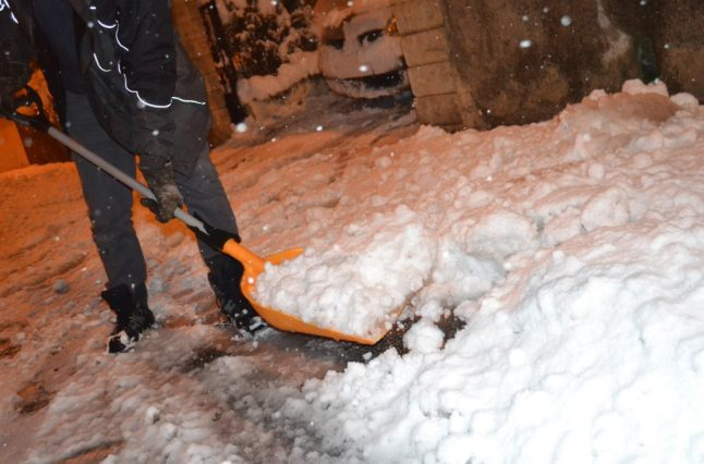 Heavy snow in south-east France leaves one dead, scores of roads blocked and 300,000 homes without power