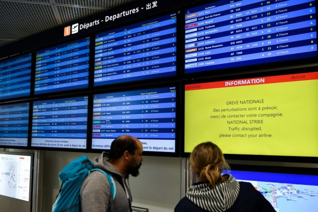 LATEST: One fifth of flights in France to be cancelled on Tuesday due to strike action