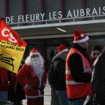 France: Christmas travel in disarray as strikes reach 20th consecutive day