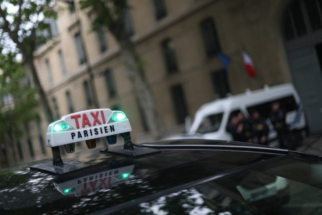 Warning: The Paris taxi scammers taking advantage of strike chaos