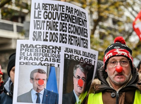 'No Christmas truce': French unions call to reinforce strike action