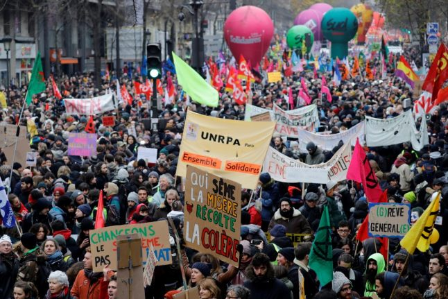 More than €1 million donated to striking workers in France