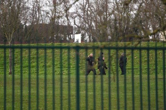 Knife attacker kills man in Paris park before being shot dead by police