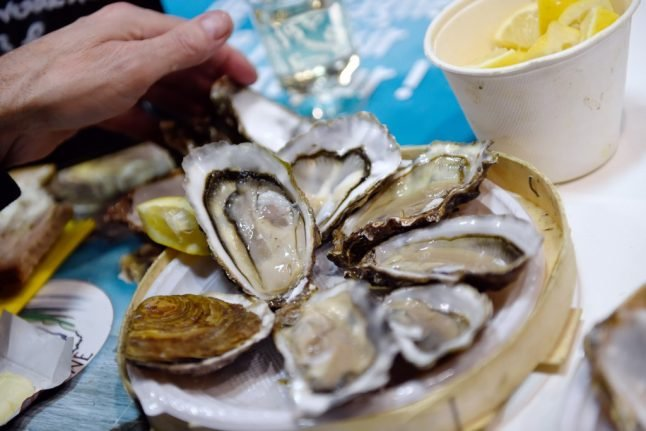 Oyster sales banned in northern France over stomach flu contamination