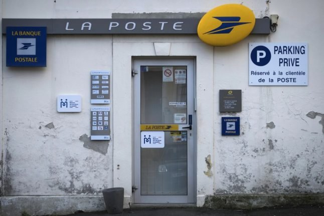 Why people in rural France might not be getting their mail