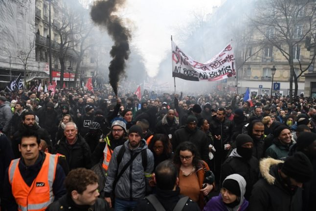 French unions call for new protests as pension battle heats up