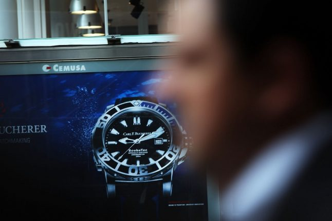 Warning over Rolex thefts in Paris after 20 stolen in one weekend