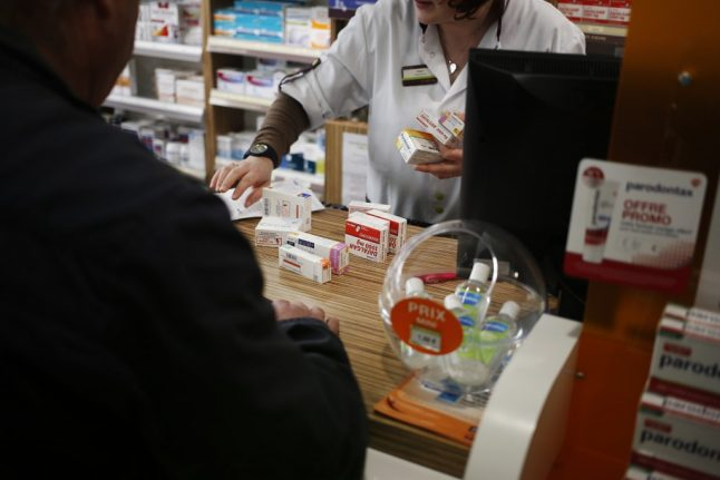 Could Amazon soon be able to sell non-prescription drugs in France?