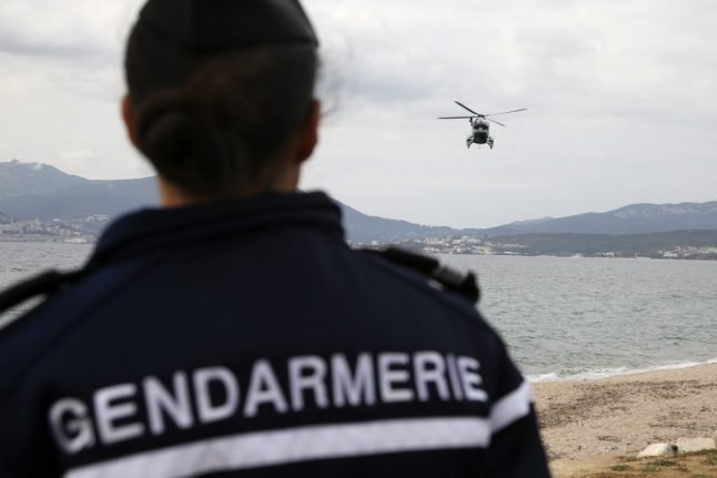 French police unions threaten to stop enforcing lockdown as first gendarme dies from coronavirus