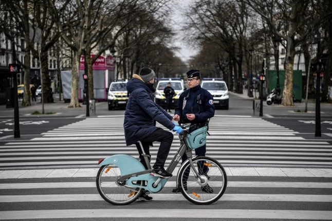 French police hand out over 4,000 fines for violating coronavirus lockdown