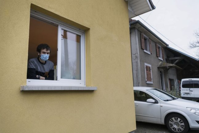 France sets up website for people wanting to help out during coronavirus crisis