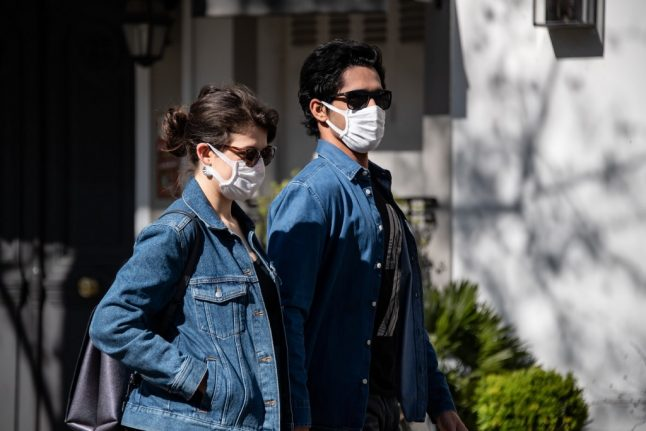 Distribution of masks in France will start on May 4th, says minister
