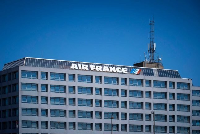 France readying 'historic' multi-billion euro package to save Air France and Renault