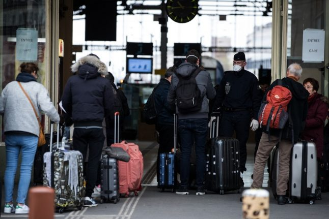 France's SNCF to ramp up train services to allow Parisians to return home