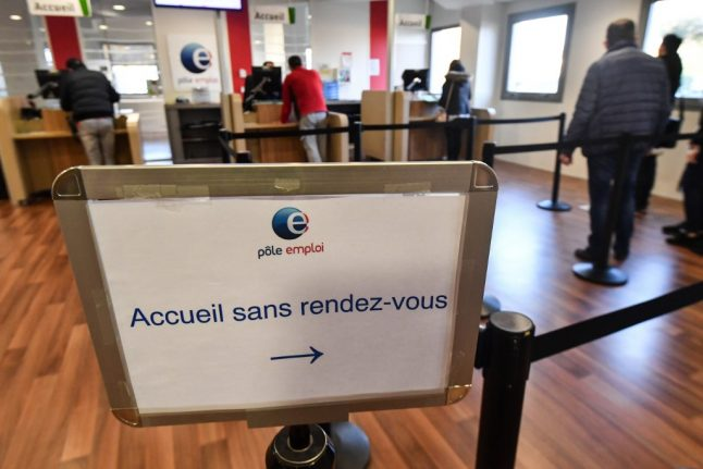 Unemployment in France rises to 4.5 million record high