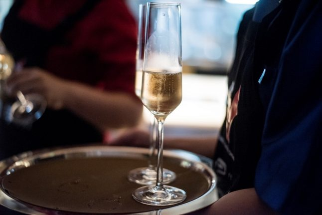 France's champagne sellers halt early sales to prevent price fall