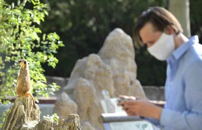 French privacy watchdog approves coronavirus tracing app