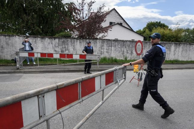 France reopens its borders for European travel