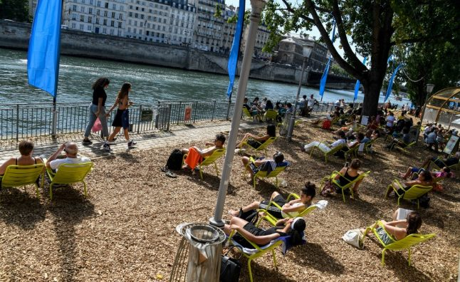 Paris plages: Urban beaches open – with pop-up Covid-19 testing centres
