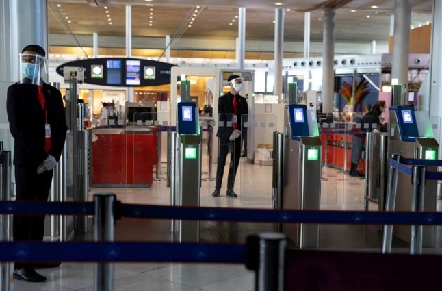 Travellers from America banned from France without negative Covid-19 test