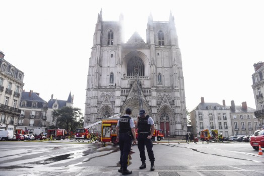 France launches arson probe over blaze at Nantes cathedral