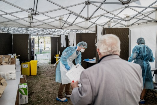 France reports more than 10,000 daily virus cases