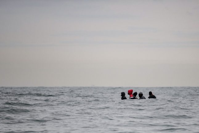 ANALYSIS: Why do migrants still leave northern France to head to UK?