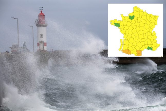 Flights delayed as strong winds and downpours batter southwest France