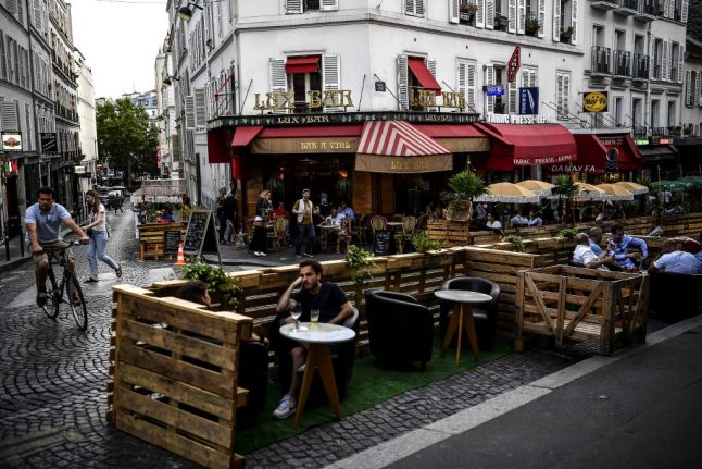 Covid-19 closures: How will French cities draw the line between bars and restaurants?