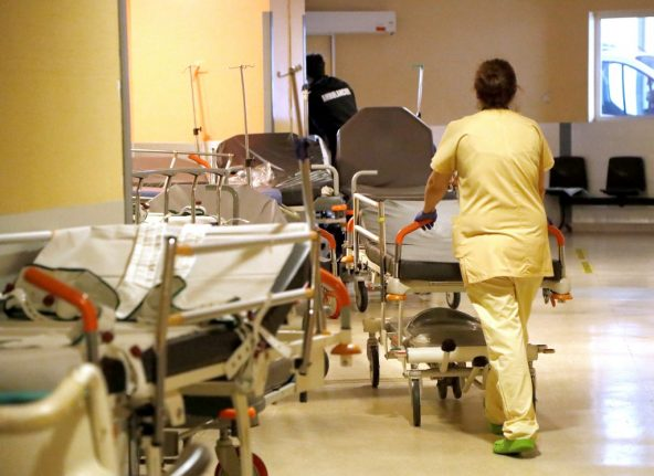 Paris hospitals are recruiting more than 500 new staff with pay increases and a sign-on bonus