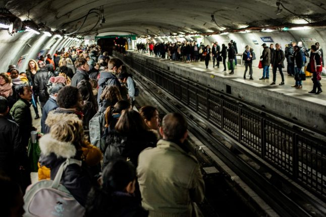 Paris makes transport free for under-18s: Here's what you need to do