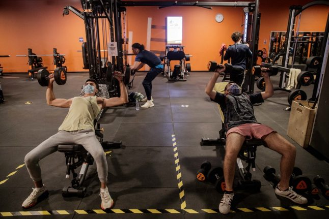 Where in France are gyms, sports centres and swimming pools closing under Covid-19 restrictions?