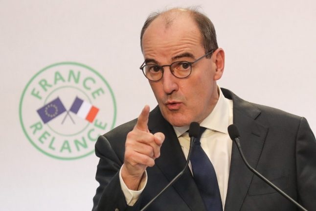 France extends Covid-19 anti-poverty scheme to include young people