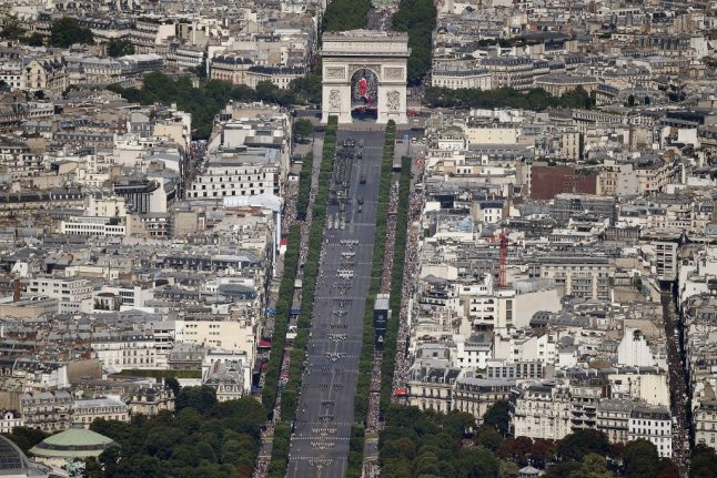 Seven British people held in Paris after attempted hit-and-run on gendarme