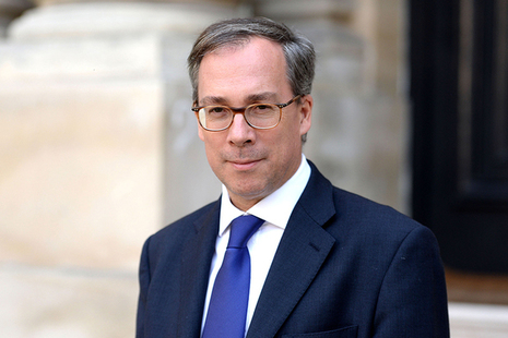 'It's really simple': Ambassador urges Brits in France not to delay residency applications on new website