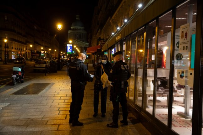 French police issue more than 3,000 curfew fines