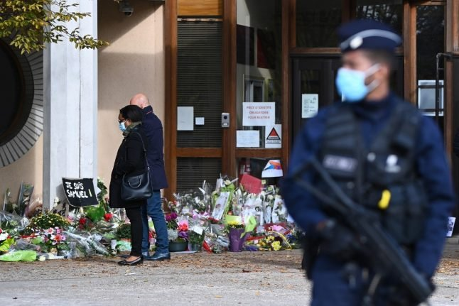 Four pupils among those detained after French teacher beheading
