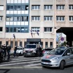 Mob attacks Paris police station with fireworks and metal bars